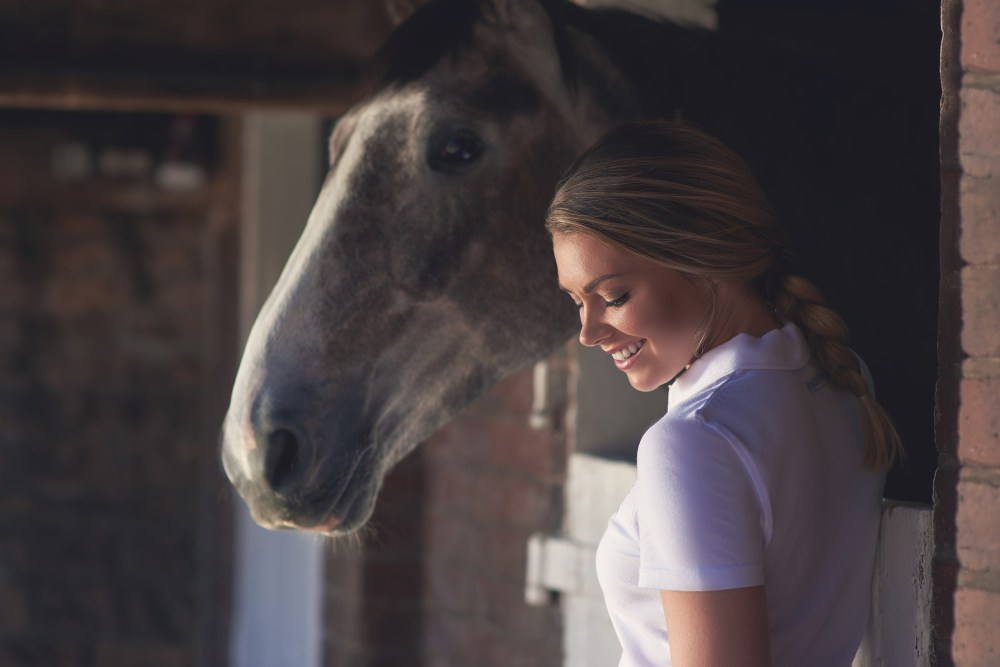 georgia-jones-model-equestrian-horse-photoshoot078-COMMERCIAL-PHOTOGRAPHER-UK-022
