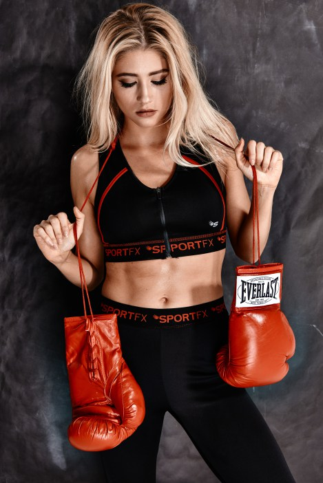 sports-bra-boxing-COMMERCIAL-PHOTOGRAPHER-UK-029